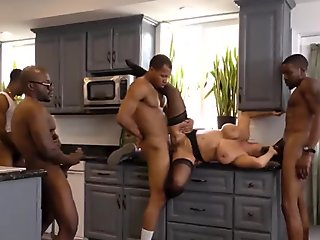 Four black guys fucking amazing blonde MILF Amber Lynn - Amber Sex